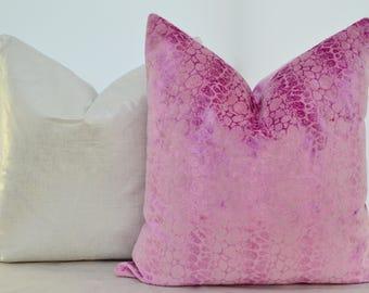 Pink Velvet Pillow Cover,Velvet Pillow Cover,Patterned Velvet Pillow Cover,Modern Velvet Pillow Cover,Eclectic Velvet Pillow Cover