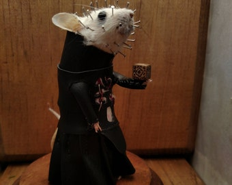 Pinhead taxidermy mouse