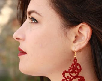 Tatted lace red earrings//Handcrafted tatted earrings//red earrings//Frivolite earrings//Tatted jewelry//Lace earrings