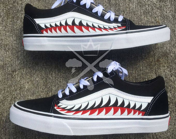 Bape Shark Teeth Black A Bathing Ape Old Skool Custom Vans Classic Sneaker