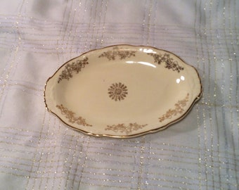 "Vintage Homer Laughlin Oval Serving Plate, Platter - Virginia Rose, Off White Cream Color with Gold Accents -  9 1/4"" by 6"""