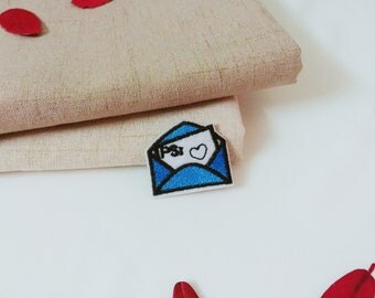 envelope patch-blue-heart-tiny-embroidered-patch for backpack-cute-patch for jacket