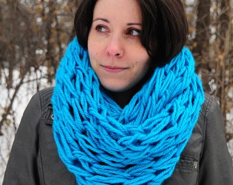 Arm Knit scarf, teal cowl, teal scarf, infinity scarf, winter accessories, Christmas gift, gift for her