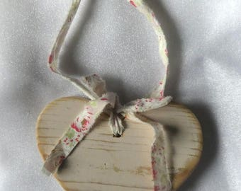 Shabby chic homemade wooden love heart home decor wall hanging