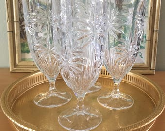 Stunning vintage set of 4 clear stemmed iced tea glasses / water tumblers adorned with palm trees for Boho or tropical Old Florida home bar!