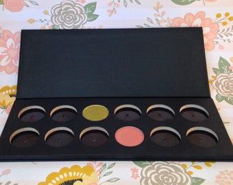 Empty Magnetic Eyeshadow Palette