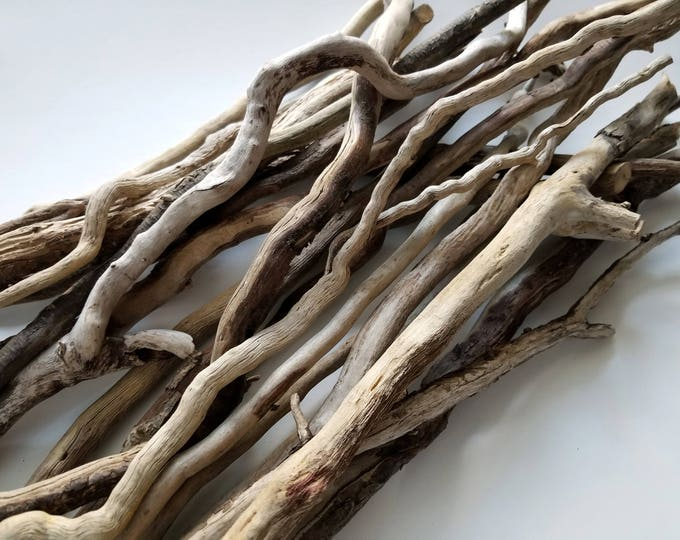20 Driftwood Vine Shape Curving Sticks Twigs for Art Craft Floral Design and Home / Wedding Decoration