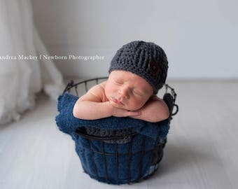 Gray Woven Beanie with Large Wooden Button / Baby Boy / Newborn Photography Prop / Triscuit Hat / Basket Weave Crochet