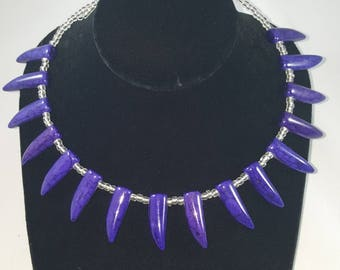 Royal Blue/Hint of Purple Howlite beaded Memory Wire Necklace