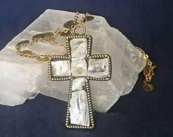 Crystal Selenite Cross Necklace // Sacred Crystal Cross Jewelry // Selenite Cross Pendant // Healing Meditation Necklace // Gift for Her