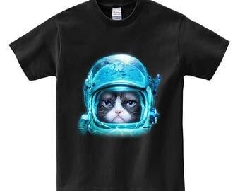 Disgruntle Siamese Cat in Deep Sea Diving Helmet - Men, Women, Kids, Short Sleeve Tee Shirt, PrintStarTee Graphic Japan, Gift