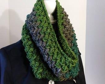 Cowl Scarf,Green Chunky Cowl, Crochet Cowl,Green Scarf, Colorful Scarf, Crochet Scarf, Chunky Scarf