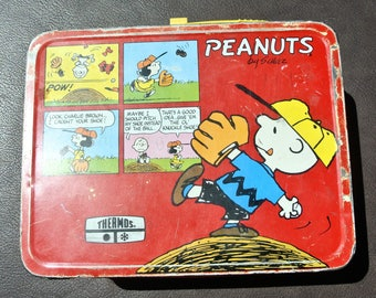 Vintage Lunchbox, Peanuts Lunchbox, Retro Lunch Tin, Snoopy Lunchbox, Red Tin Lunch Box.