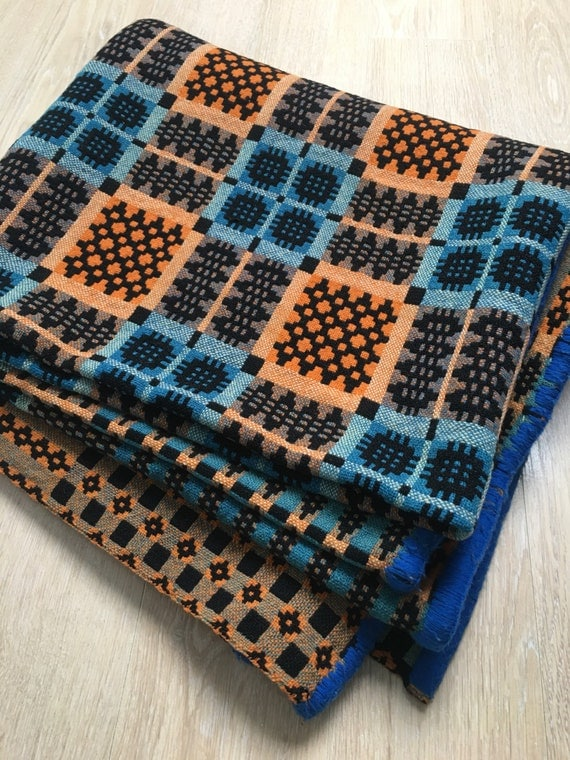 Vintage traditional Welsh Caernarfon woollen throw in orange and blues