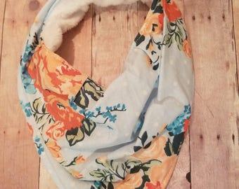 Vintage floral bandana bib