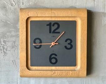 Howard Miller Wall Clock.