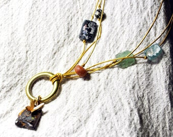 """Long necklace mi Opal """"behind the shell... """""""