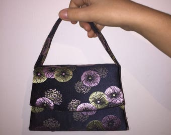 Black silky pattern bag