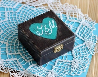Personalized Wedding Ring Bearer Box, Wood Jewelry Box, Rustic Ring pillow, Engagement ring Holder, Proposal ring box, ring security