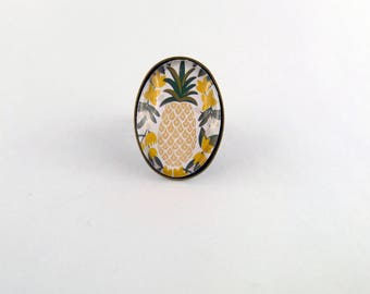 """Pineapple"" glass oval cabochon ring"