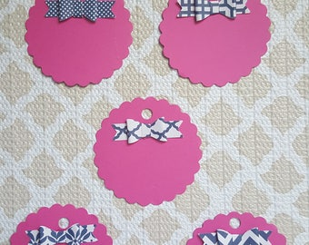Gift tags pink and navy