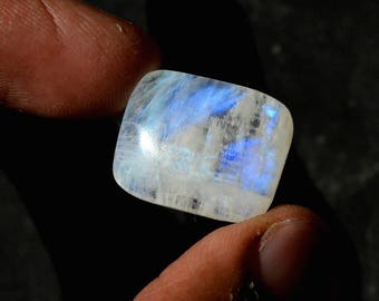 Rainbow Moonstone 16.5 Cts Natural Top Quality Blue Fire/Flash Gemstone Cabochon Rectangle Shape 18x15x6 MM R14437