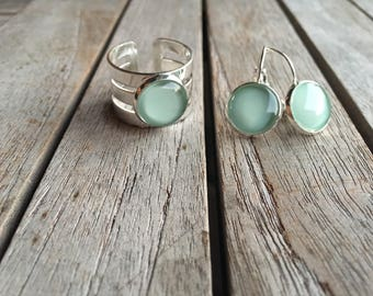 Mint and silver beauties! Adjustable ring and dangle earrings