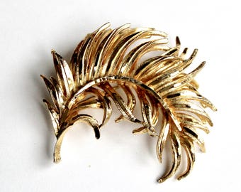 Feather Brooch pin gold tone