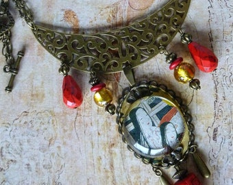 "Bib necklace style Japan ""Genji""glass cabochon, lampwork beads, red gemstones"