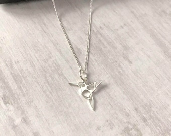 Sterling Silver Humming bird Necklace/Silver Humming bird Necklace/Necklace/Sterling Silver/Choker/Short/Delicate/Humming bird Charm/uk/gift