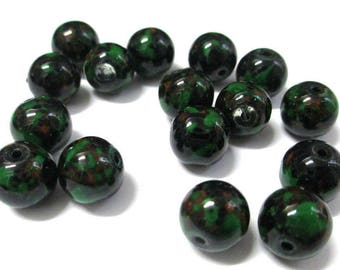 10 black speckled green and brown glass beads 10mm (S-45)