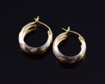 14k Textured Diamond Cut Criss Cross Hoop Earrings Gold