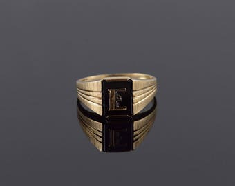 Retro Onyx E Monogram Initial Grooved Textured Ring Size 11 Gold