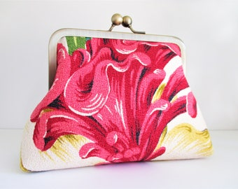 "Pink Celosia Flower with Yellow and Green Leaves on White Ground Vintage Barkcloth Fabric 6"" Antique Brass Kisslock Frame Clutch Wristlet"