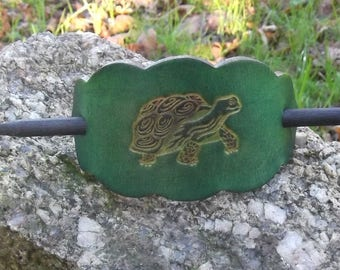 "Leather hair  Barrette, turtle design, colour ""vert anis ""(16 colors to choose from),2 sizes   available"