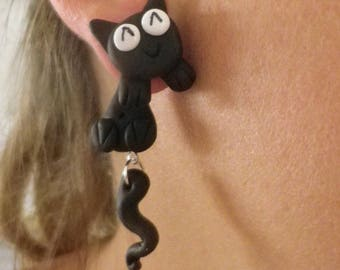 Earrings cute black cat running through the ear chip fimo funny eyes