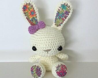 Crochet Bunny ~ Amigurumi ~ Petite Bunny