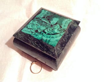 Serpentine Box With Malachite Cover N 2. Malachite - Magic Stone. Fulfils Wishes!