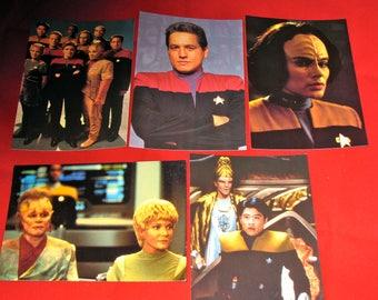 1995 Star Trek Voyager Crew Postcard Set of 5 (ST15)
