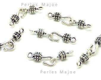 5 x antique silver decorated hook clasps
