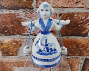 Porcelain Dutch Holland Milk maid Holland Blue 13.5cm high