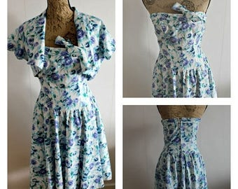 ON SALE Vintage 1950s floral dress women, Cotton, Full skirt, Floral, summerdress, sleeveless, 50s dress, Floral dress, small, 50s dress,