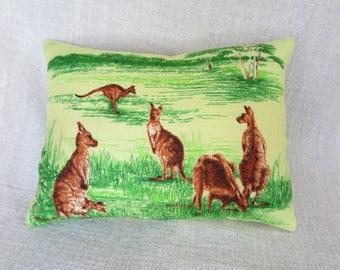 Cushion, Kangaroo cushion, Kangaroo  cushion cover, Australian cushion cover, Linen cushion cover, Handmade cushion cover