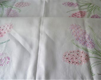 Vintage hand embroidered Linen table cloth. Table cover. Aternoon Tea cloth. Linen table cloth.