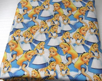 "Tissu Coton imprimé thème ""Alice """
