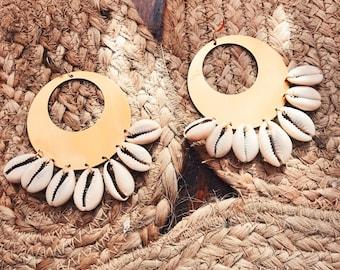 Yemaya Cowrie Hoops // Cowry Earrings, Seashell Earrings, Shell Earrings, Beach Jewelry, Natural, Ethnic Earrings, African Jewelry,Festival