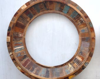 "Reclaimed wood mirror, Rustic Home Decor, 32"" Wood mirror, Old Early, Round wood Frame, Wall-mounted, Rustic Primitive, Handmade Mirror"