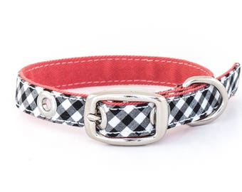 Classic dog collar, extra small size // black and white gingham - salmon pink lining - traditional metal buckle in silver nickel finish