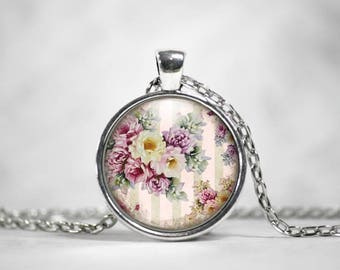 Vintage Flower Pendant, 25mm Round Pendant, Cottage Chic, Flower Jewelry, Floral Pattern, Vintage Jewelry, Gifts For Her
