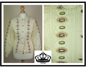 60s/70s Folkloric Lace Detail Blouse in Cream / Yellow with Long Sleeves, Folk, Hippy, Peter Pan Collar, Size M / L